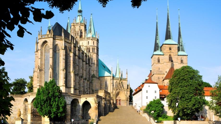 Der Erfurter Dom mit Domplatz